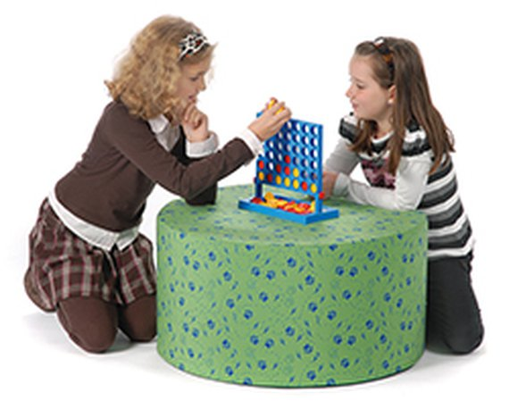 Tisch rund, Höhe: ca. 27 cm.