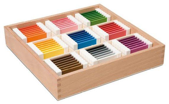 Farbtäfelchen mit 9 Farben