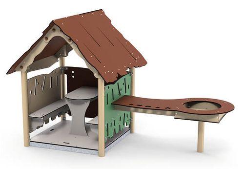 Spielhaus Lin mit Matchtisch