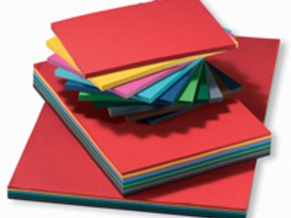 Fotokarton 300 gr. 100 Blatt sortiert in 10 Farben. Format 50x70 cm.