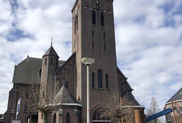 Heilige Theresia kerk, Moerstraten