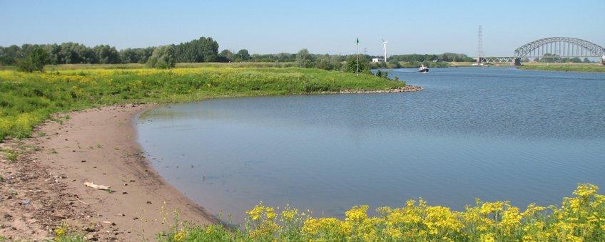 starndje langs rivier - primair