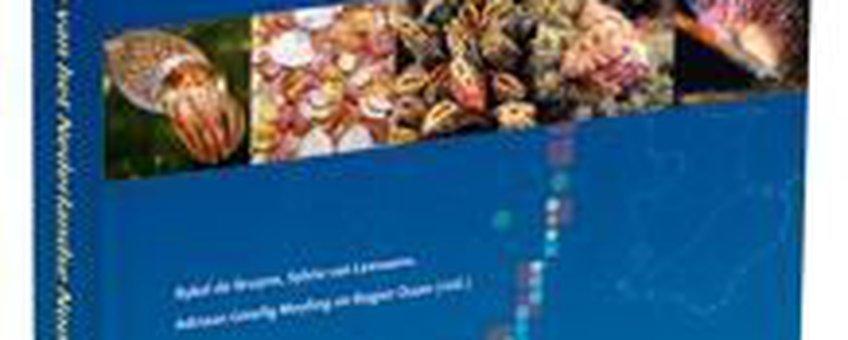 Omslag atlas Nederlandse zeeweekdieren