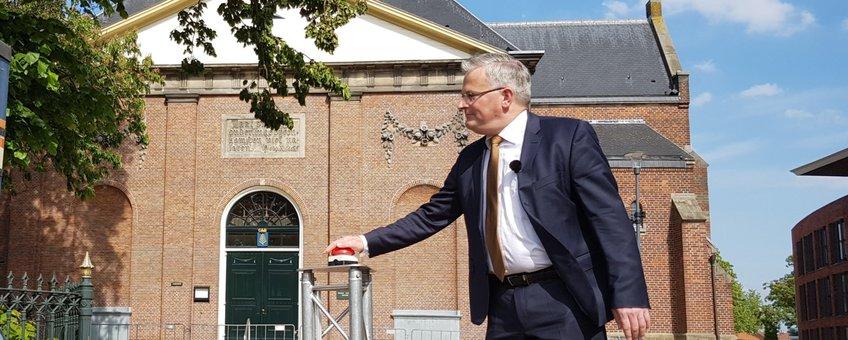 Gedeputeerde Ten Bolscher lanceert iedereeneenboom.nl
