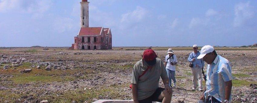 A freshwater well on Klein Curaçao: Barren landscape in 2005.