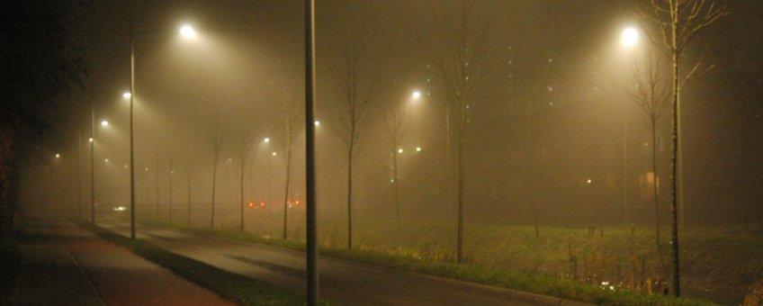 Bij permanente wintertijd zal ook wegverlichting 's avonds langer branden.