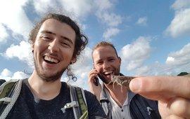Selfie Joris Verhees (links) en Pim Lemmers met rosevleugel