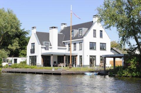 Villa aan de Rijn