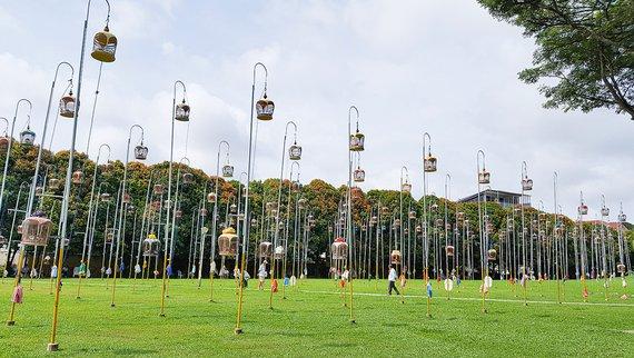 Zangvogelwedstrijd Singapore / Hans Peeters