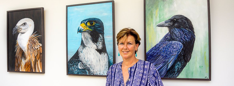 Roofvogelportretten van Marike van der Zee